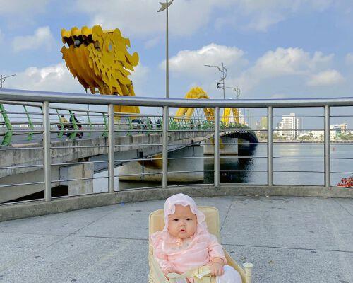 """""""Du hí"""" Đà Nẵng cùng bé Măng Tây 5 tháng tuổi"""
