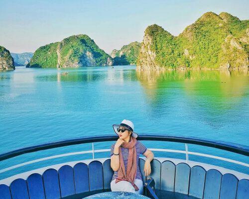 Thưởng ngoạn vịnh Lan Hạ - một thiên đường du lịch của mảnh đất Hải Phòng